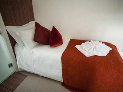 Single & Snug - Berkley Square House. Accommodation in Bristol, United Kingdom
